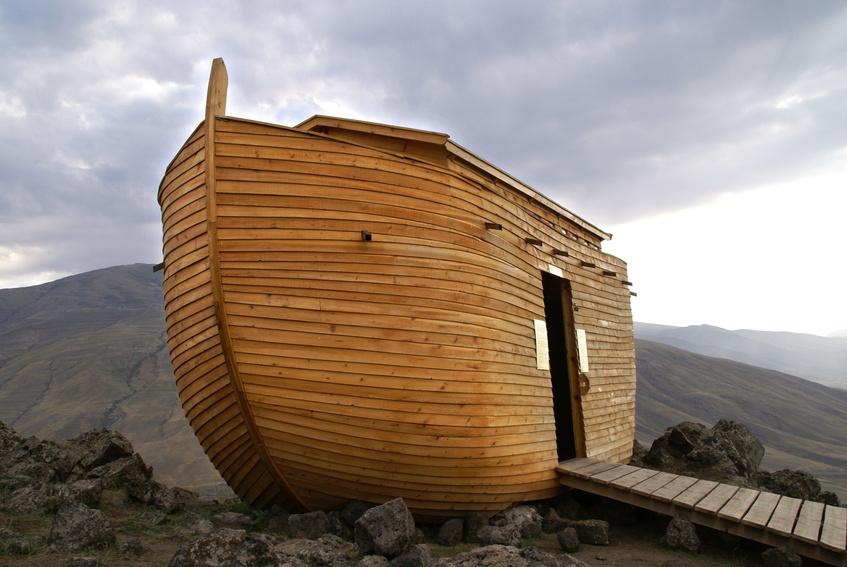 noahs-ark-reconstruction